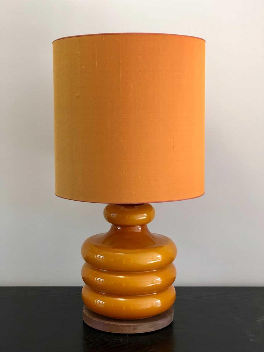 honingkleurige-lamp-online-galerie-evelijn-ferwerda-1